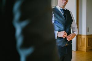photographes mariage photos nice provence preparatifs habillage