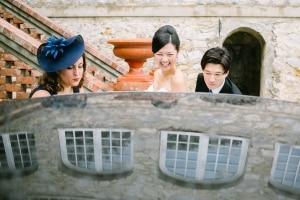 photographe mariage le castellet photos habillage mariee provence