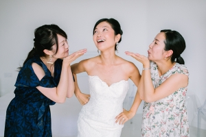 photographe mariage le castellet photos habillage mariee var