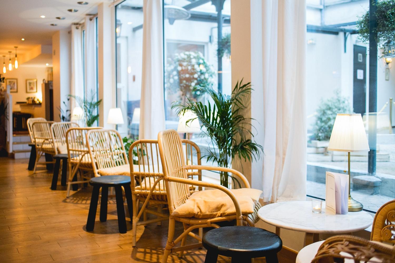 photographe de d coration int rieure paris du restaurant l 39 arri re cours. Black Bedroom Furniture Sets. Home Design Ideas