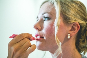 photographe mariage anglais, provence, photos préparatifs make up mariée