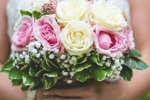 photographe mariage anglais, en provence, bouquet mariée