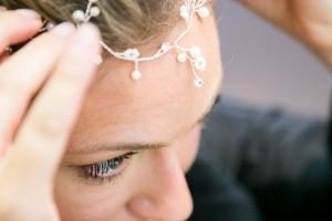 photographe mariages à marseille, photos préparatifs, coiffure de la mariée