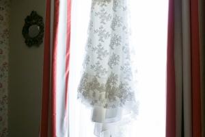photographe de mariage, marseille, photo préparatifs habillage mariée
