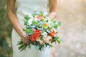 photographe de mariage, bouquet de la mariée, saint rémy de provence