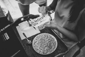 photographe de mariage, les préparatifs de la mariée, saint rémy de provence