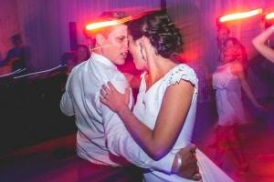 photographe de mariage, photos lors de la soirée de mariage à saint rémy de provence