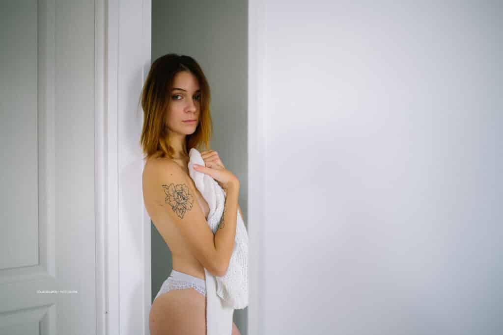 Photographe de nu, glamour et photo boudoir à Marseille